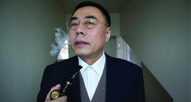 """中国电子烟纵横全球,""""全球雾谷""""深圳成核心,但里面都是湖南人"""