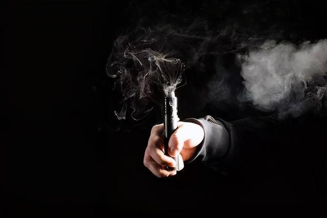先见之明!美国百万青年受害,电子烟遭中国监管整治一点都不冤